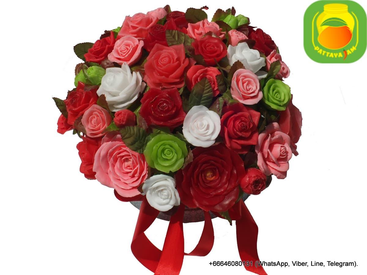 Букеты цветов из мыла ручной работы, в Паттайе.