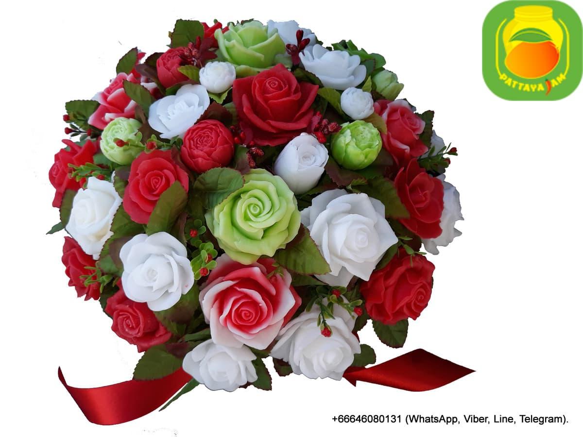 Букет из мыла ручной работы -  розы разноцветные. Композиция № 26.