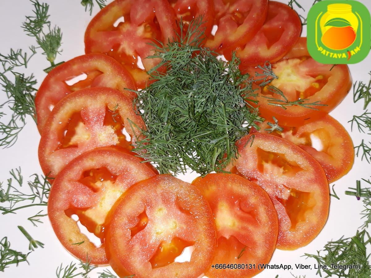 Свежий помидор - нарезка.
